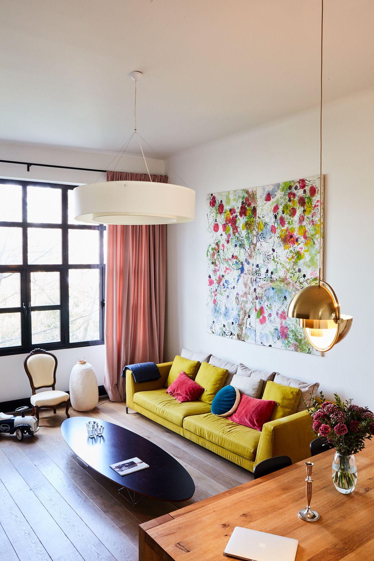 Une maison parisienne inspir e par les ann es 30 living room maison parisienne papier peint - Maison parisienne ...