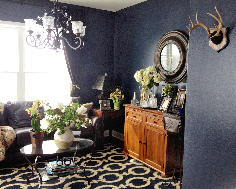Love the textured dark blue walls in benjamin moore witching hour 2120 30
