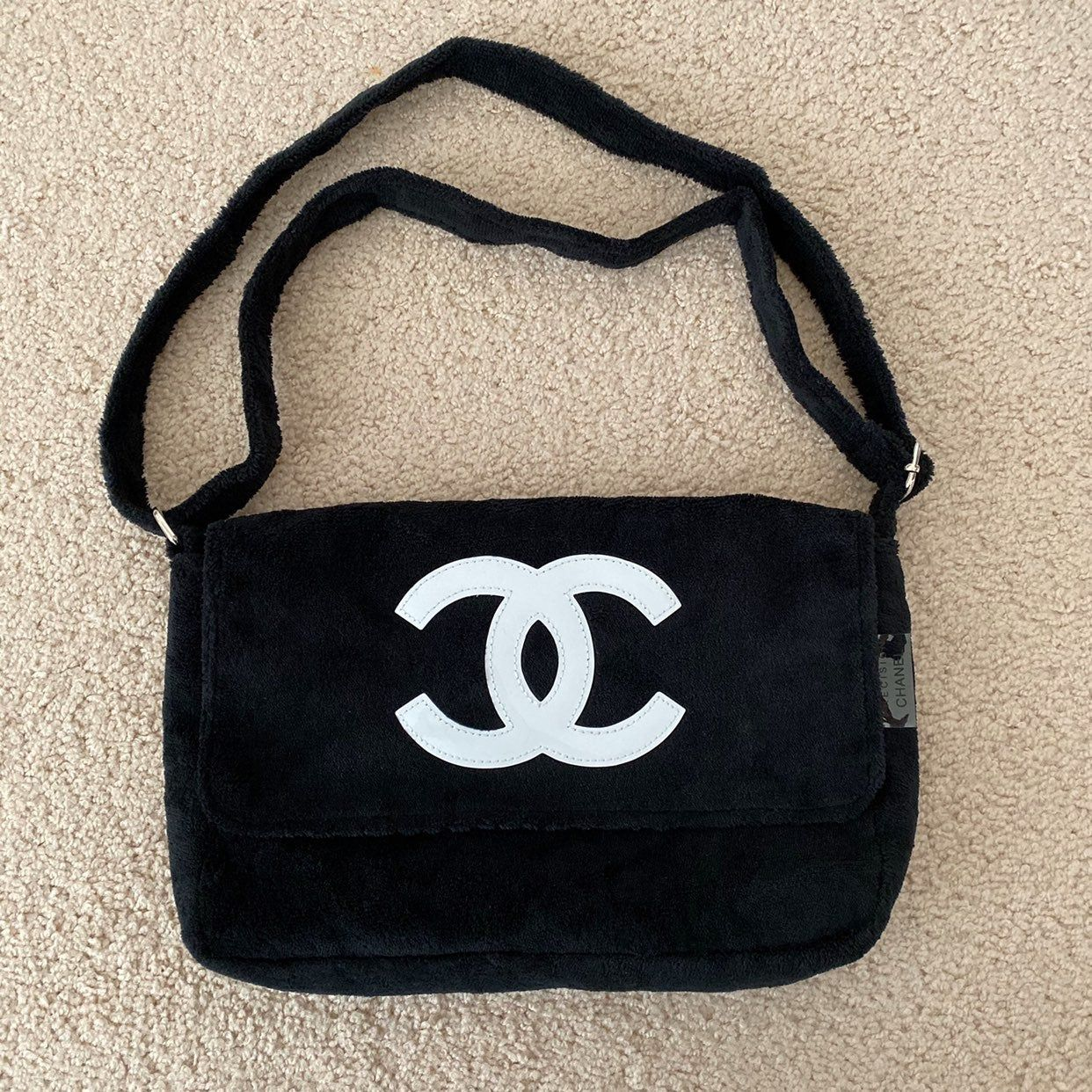 Vip Bag From Chanel Towel Material Bts V Wore It As Well Color Is Black Brand New Channel Bags Bags Messanger Bag