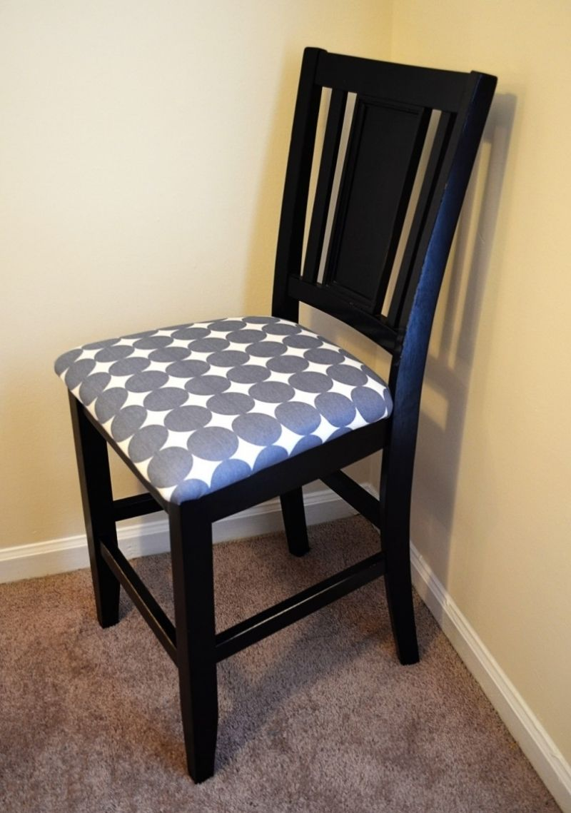 How To Re Cover A Dining Room Chair Easy Reupholster ...