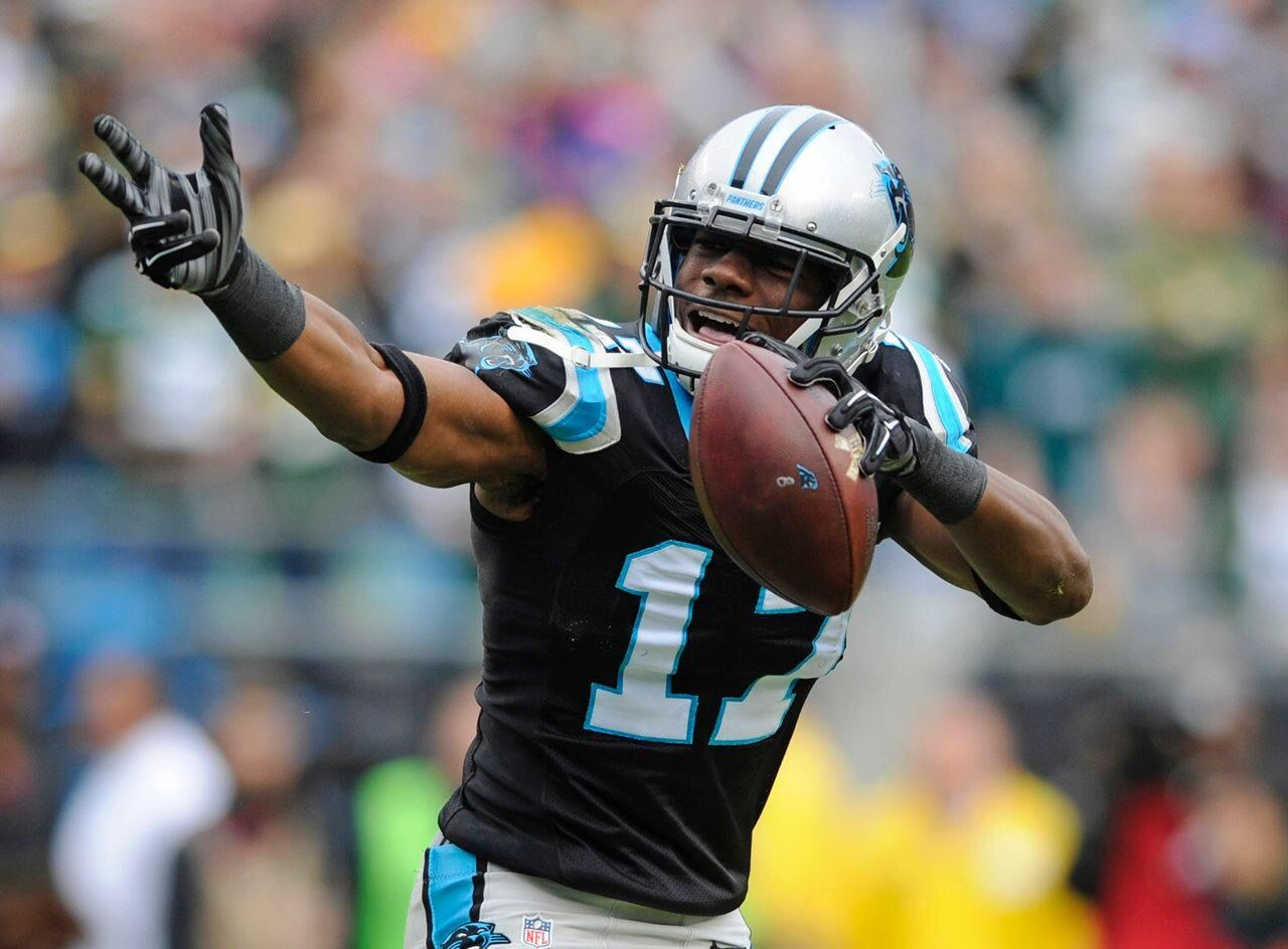 Devin funchess panthers football devin funchess