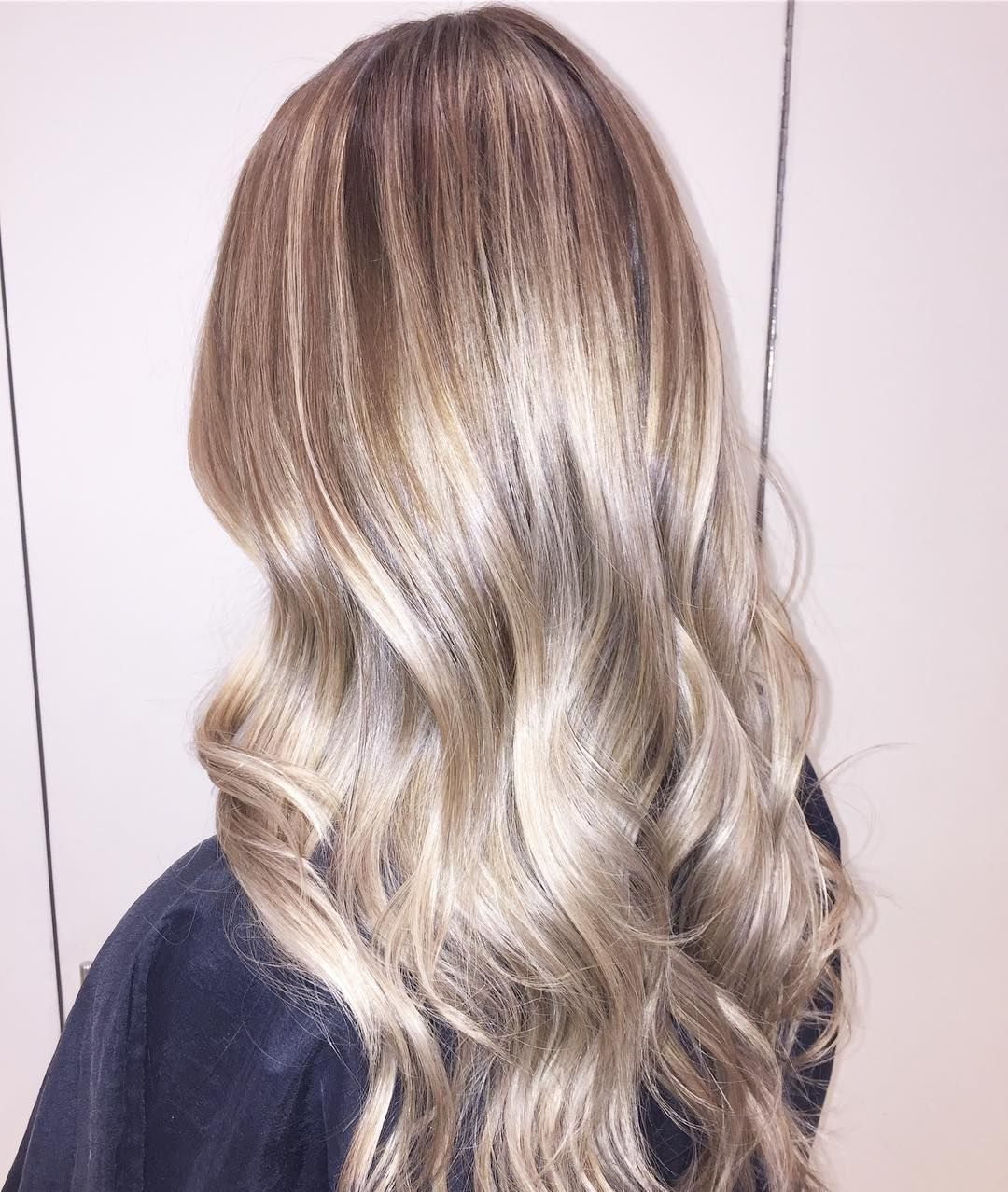 Shiny Toffee-Blonde Hair with Pale-Blonde Balayage ...