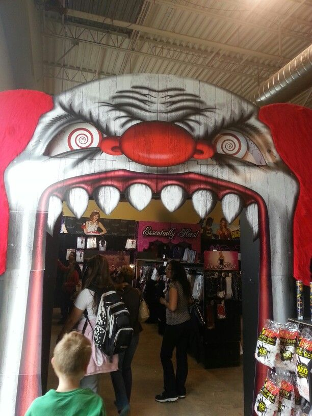 entrance to spirit halloween love the clown theme just in time for our next