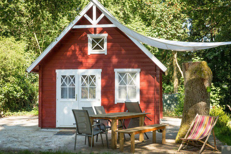 Schwedenhaus gartenhaus  Gartenmöbel & Gartenhaus: 6 Terrassengestaltungsideen ...