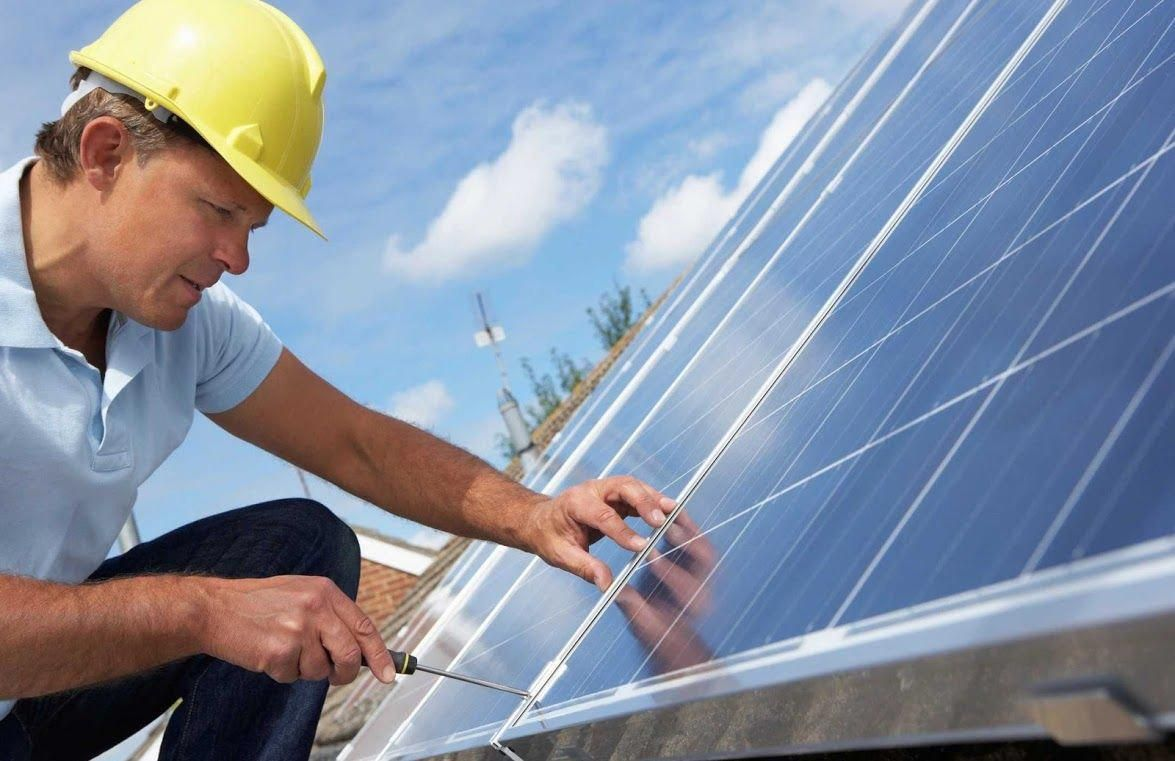 Nyc Commercial Solar Panels Offer An Excellent Opportunity To Both Small And Large Business Houses Through W Solar Energy Solar Panel Installation Solar Panels