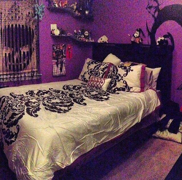 My Bedroom Inspired By Tim Burtons Nightmare Before Christmas Bedroom Diy Halloween Bedroom Christmas Room Decor Diy
