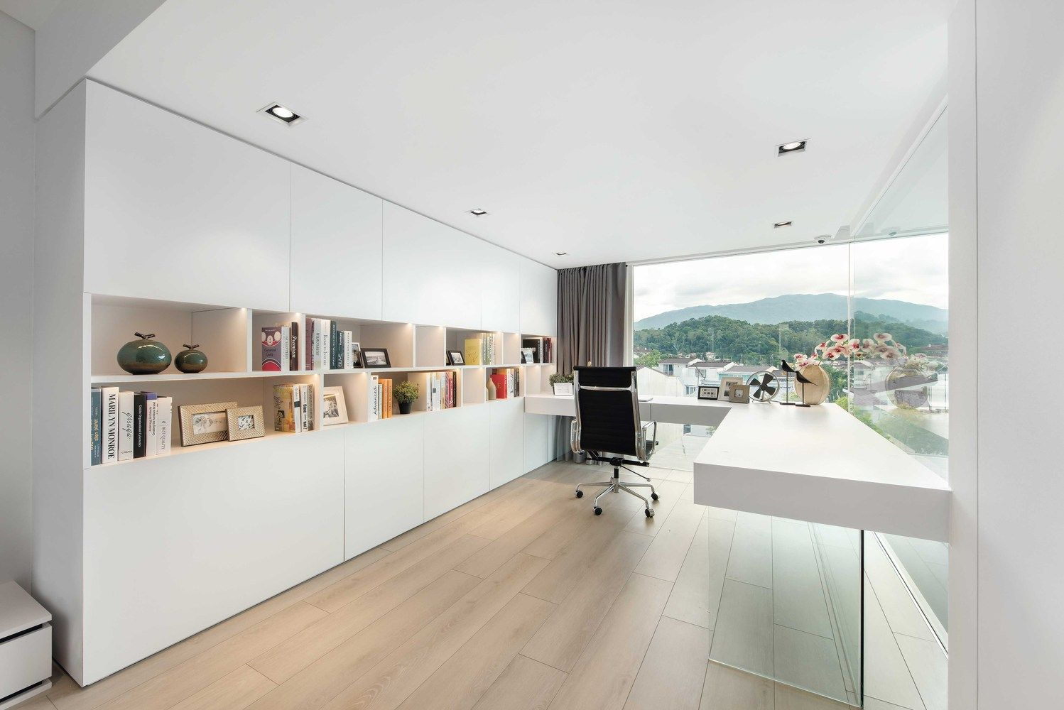Gallery of House in Hong Kong / Millimeter Interior Design ... on japan modern house design, mexico modern house design, kenya modern house design, pinoy modern house design, chinese modern house design, city modern house design,