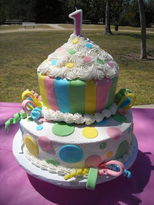 Describe Your Pin Large Cupcake Pan Giant Cakes Fun Cupcakes Fondant