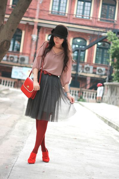 Pink-you-kki-blouse-red-elle-shoes