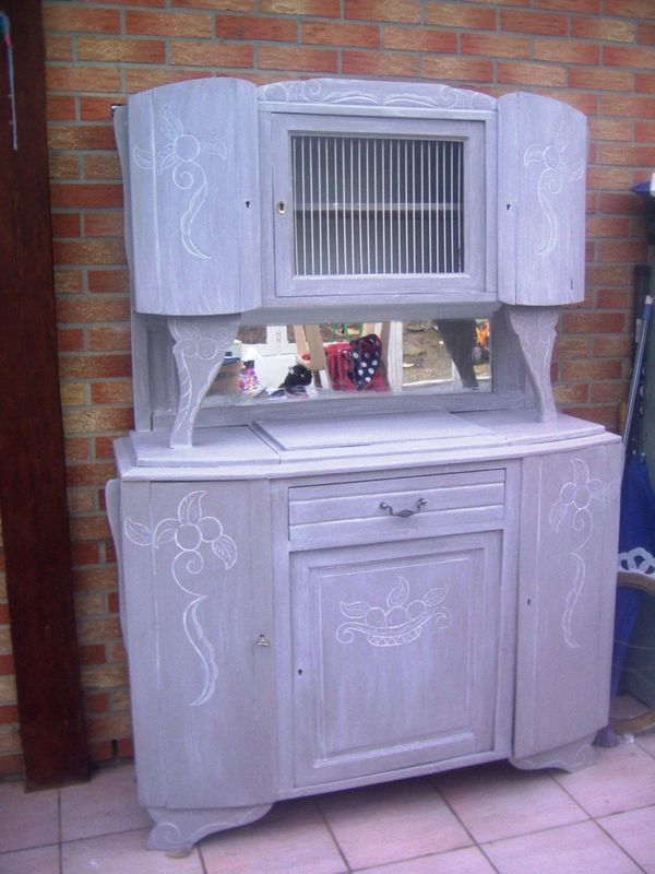 Buffet relook meuble pinterest relooker meubles et for Repeindre un buffet