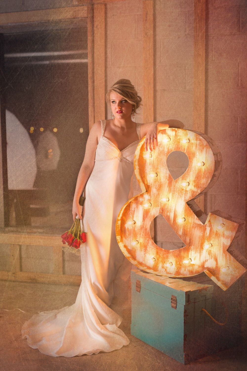 Rustic white vintage ampersand lighted marquee by for Ampersand decoration etsy