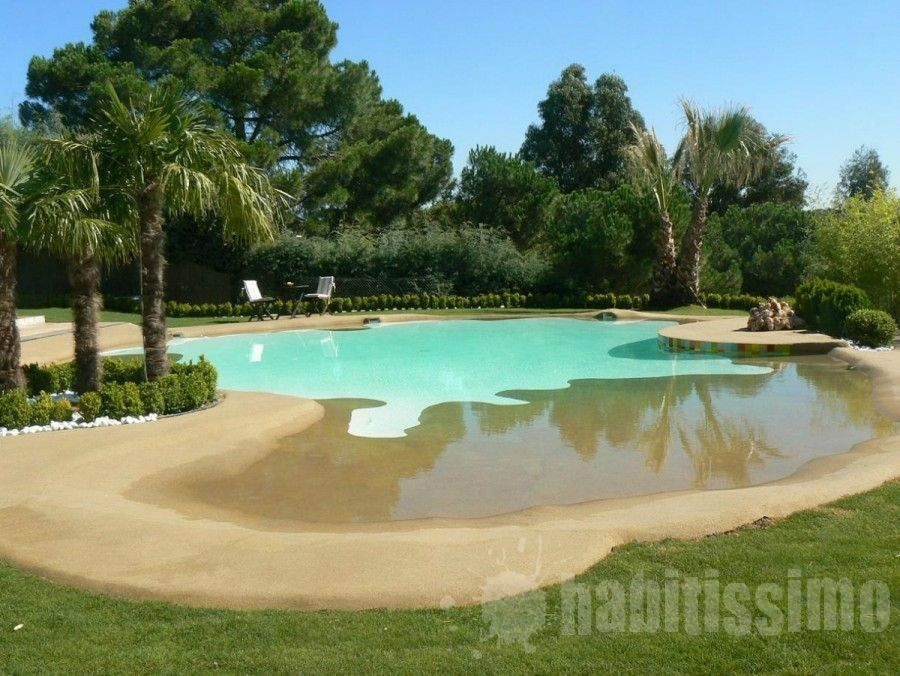 Una piscina de arena pinterest backyard pool for Como hacer una piscina natural