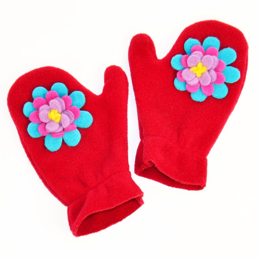 Cutest mittens EVER for the little ones.They make me smile!  I almost wish they had them in adult sizes... #TuffKookooshka