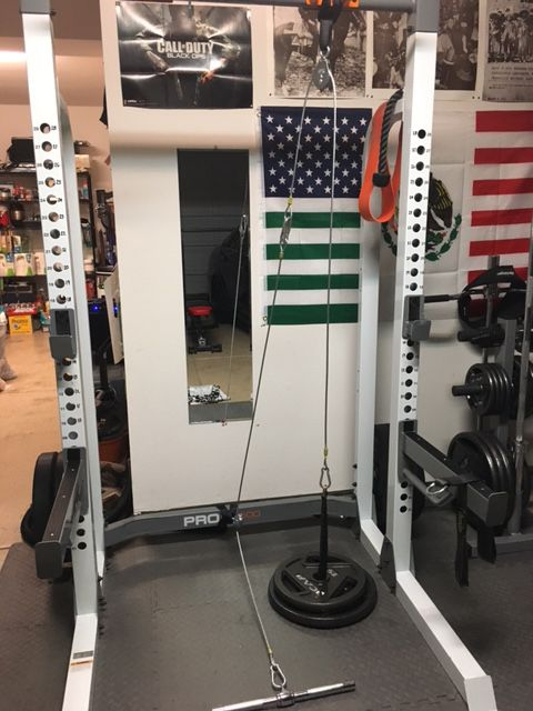 Lat pulldown machine home gym at