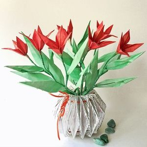 Origami Flower Arrangement In Origami Vase Medium Origami Flower