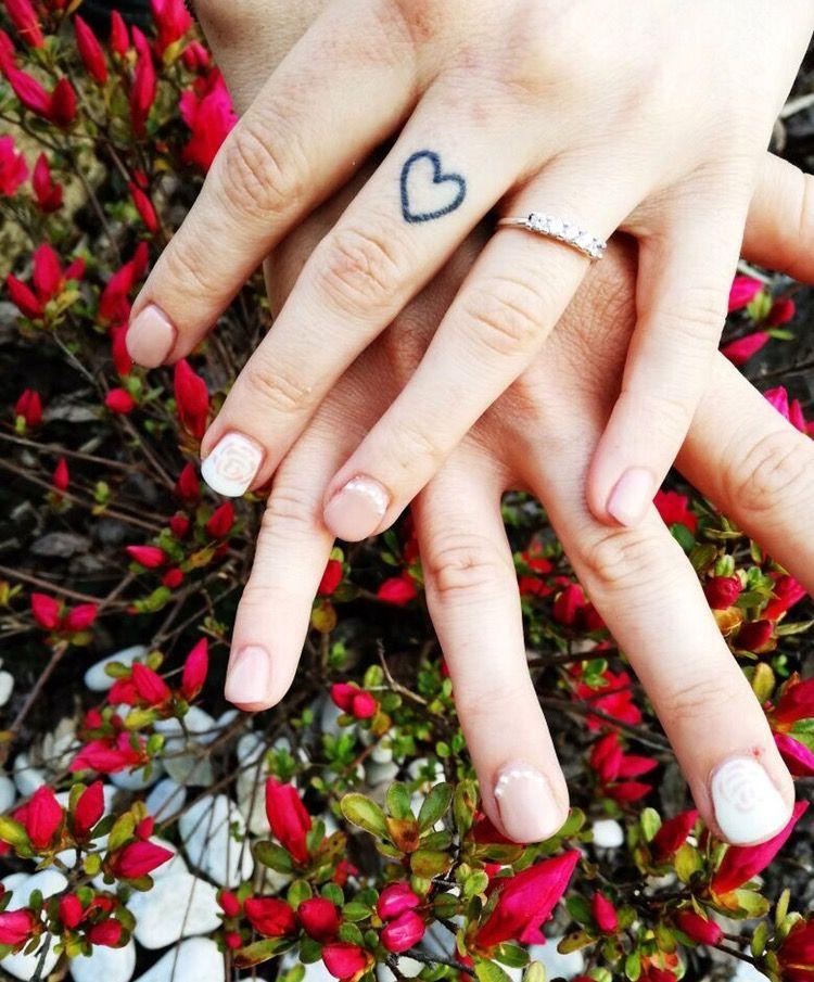Nail art spring rosa