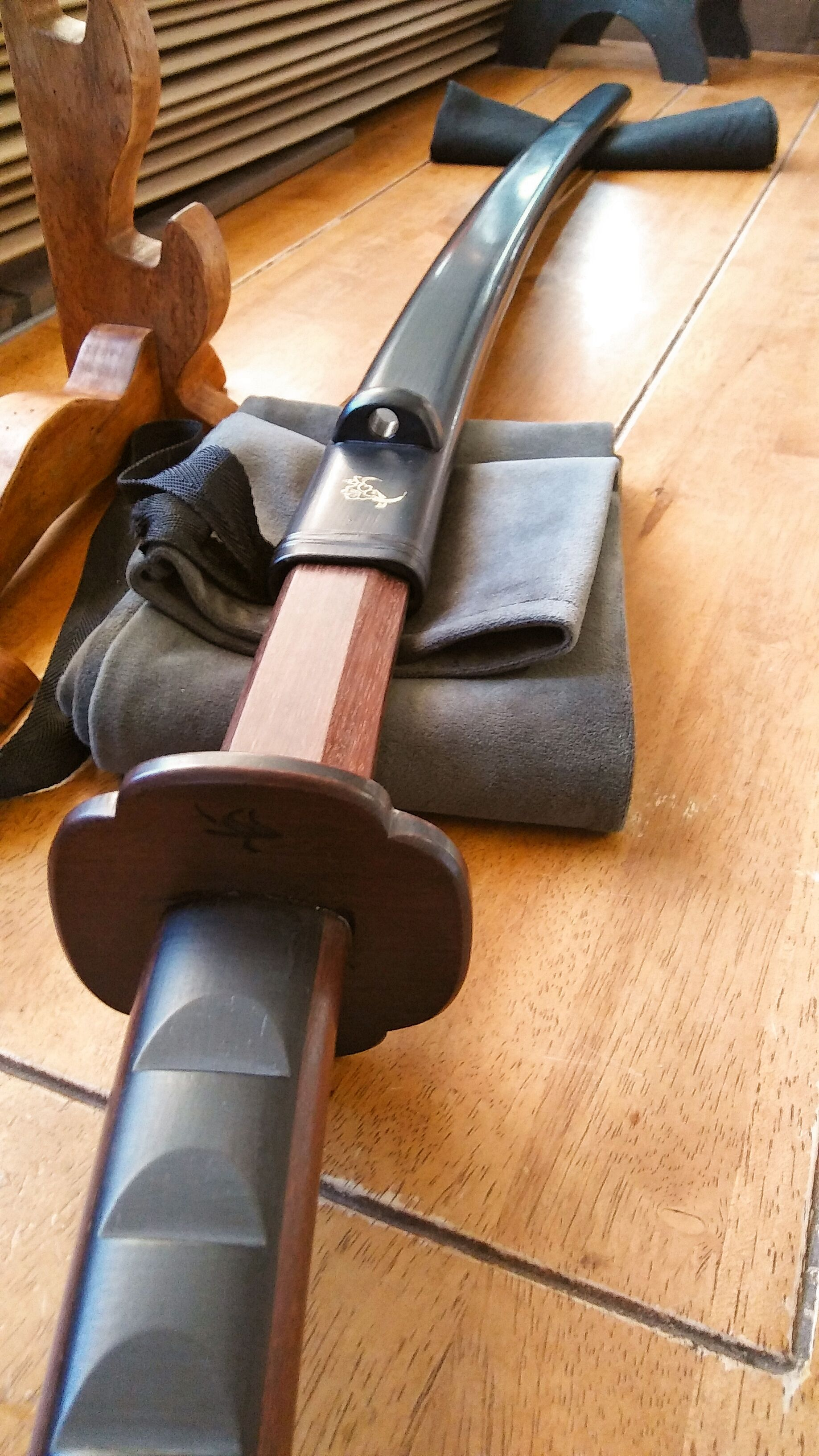 Benchmade hardwood bokken with fitted saya. (With images