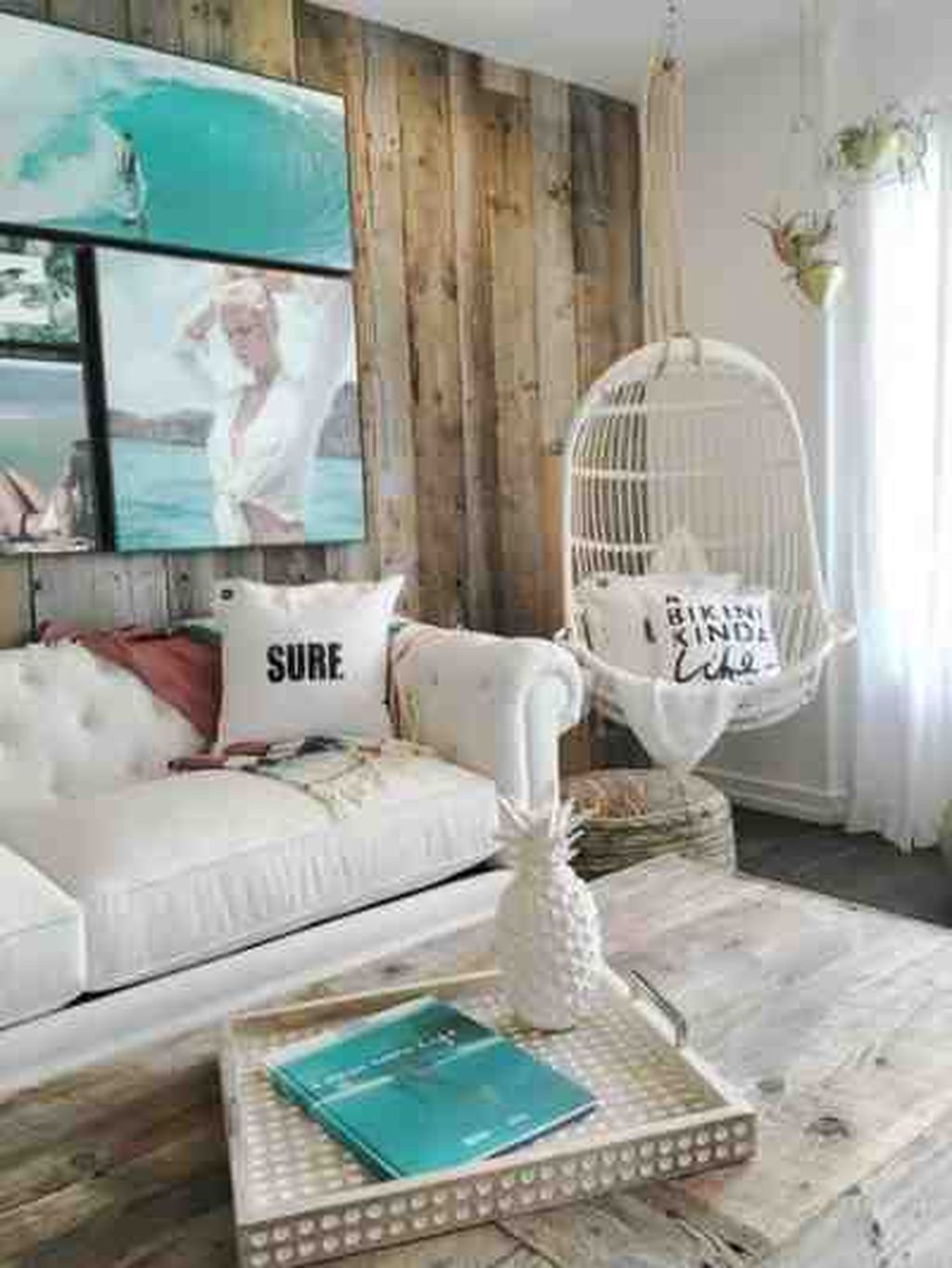 42 Cool And Elegant Beach Themed Bedroom Decoration Ideas