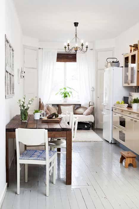 Schräg Wohnen-Einrichten mit Dachschräge White Kitchens - küche in dachschräge