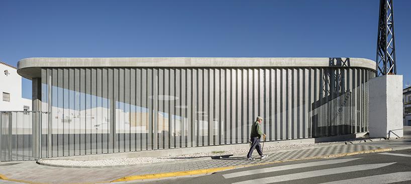 estepa bus station in seville by fernando suarez corchete