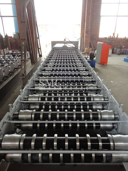 Roof Panel Roll Forming Machine Smc Machinery Roof Panels Roof Roll Forming