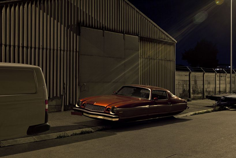 jetsons floating car photography by renaud marion