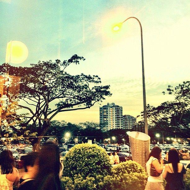 Sunset Burger King Kallang Leisure Park Sunset Sky Clouds Singapore Sg Iphone4s Guosheng Guoshengz Singapore Instagram Around The Worlds