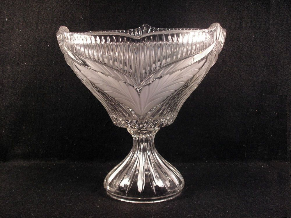Vintage Glass Centerpiece Compote Ribbed w/ Frosted Leaves.