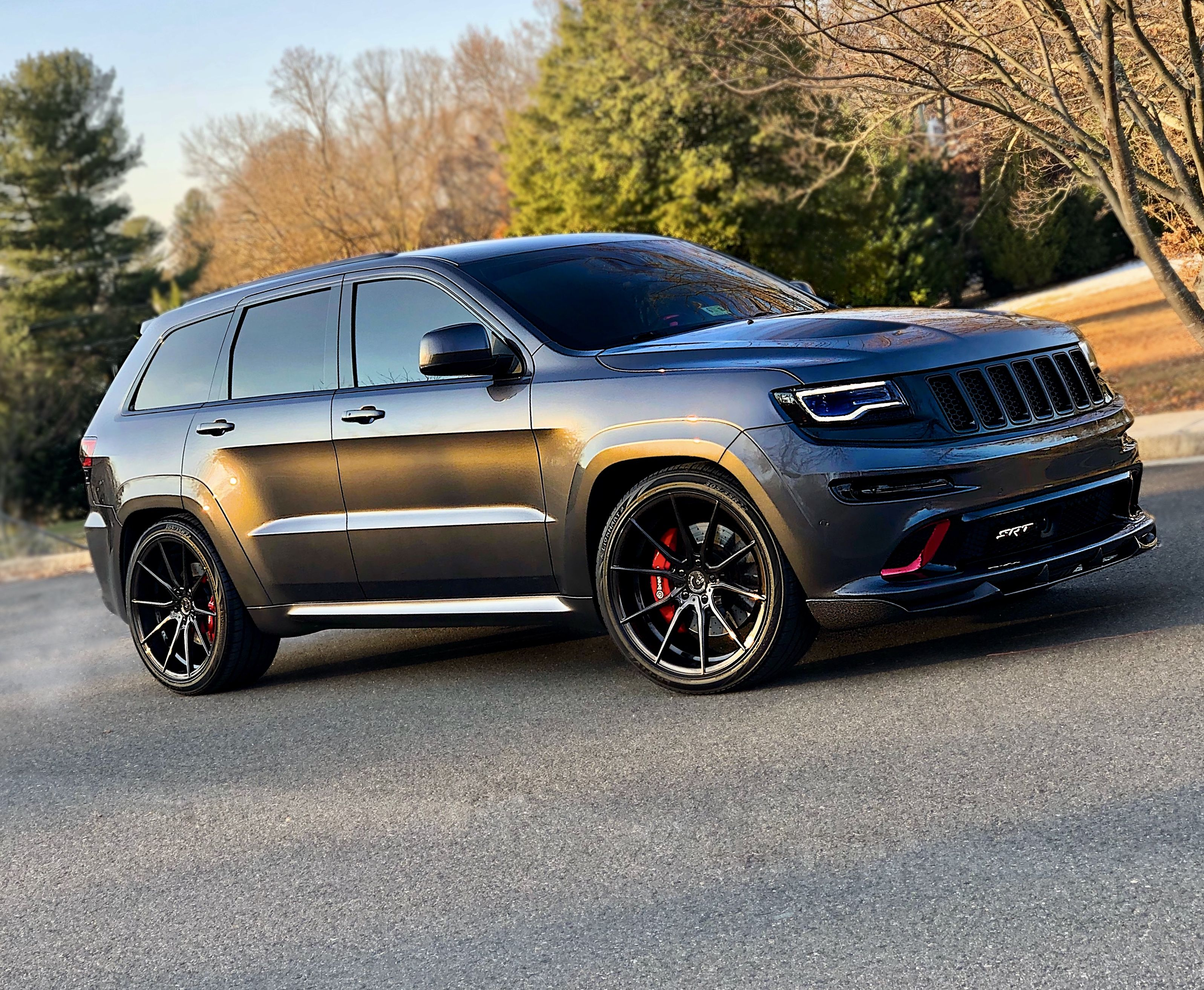 Pin By Crystal Skelton On Jeep Grand Cherokee Srt Trackhawk Jeep