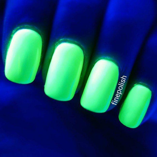 Uñas que brillan en la oscuridad, llega la manicura fluorescente ...