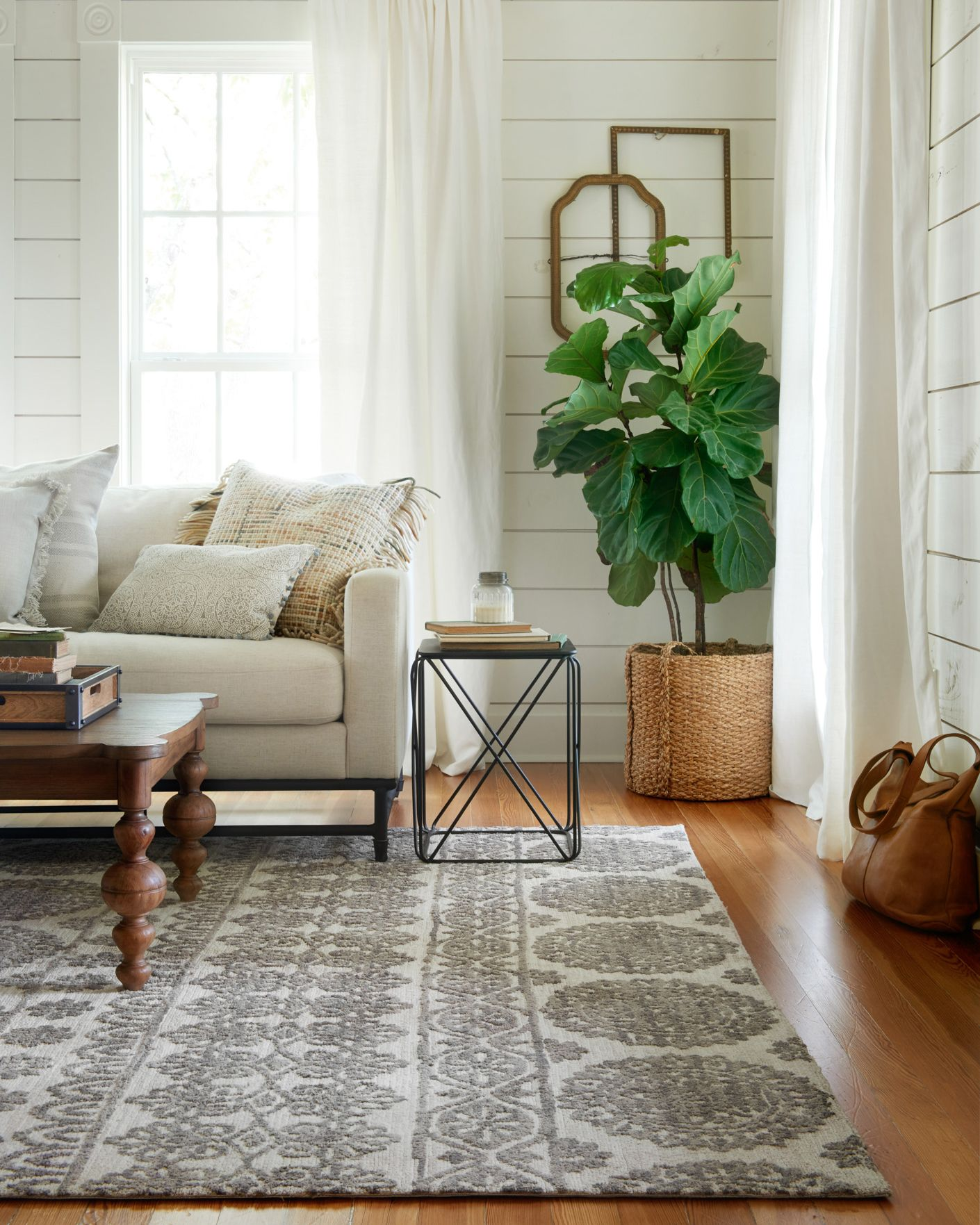 How to Paint a Herringbone Wall Joanna gaines living
