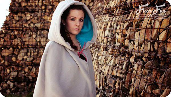 Free pattern: Long hooded cloak – Sewing