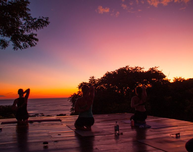 Hinge Yoga Retreat Yoga Retreat Trip Night Yoga