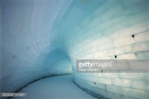 200349710-001-finland-lapland-kemi-ice-sculpture-at-gettyimages.jpg (507×336)
