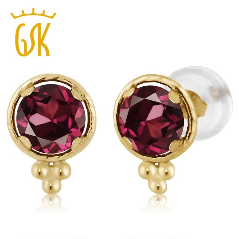5 mm Natural Round Garnet Stud Earrings Set in 14k Yellow Gold