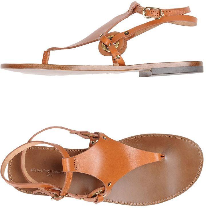 L'Autre Chose Toe strap sandals