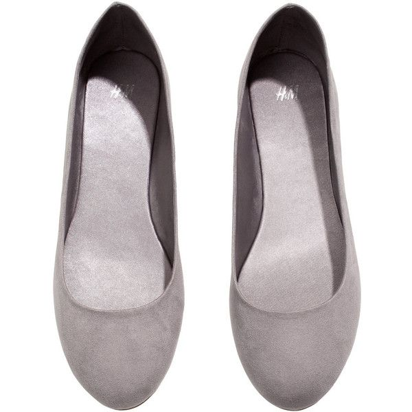H&M Ballet pumps (18 BRL) ❤ liked on Polyvore featuring shoes, flats, heels, grey, gray shoes, ballerina flat shoes, snake print ballet flats, ballet pumps and gray ballet flats
