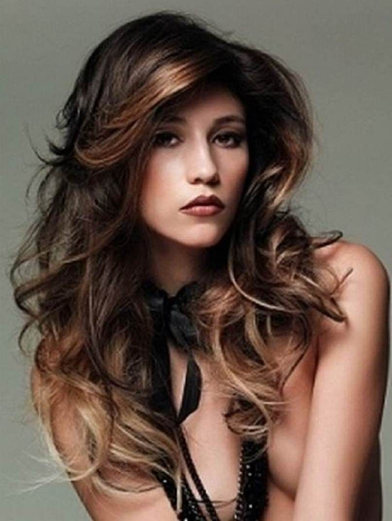 amazing long wavy hairstyles for round face - http://dhairstyle