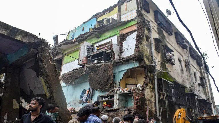 Mumbai Another Building Collapse This Time In Bhiwandi Collapse Mumbai Building