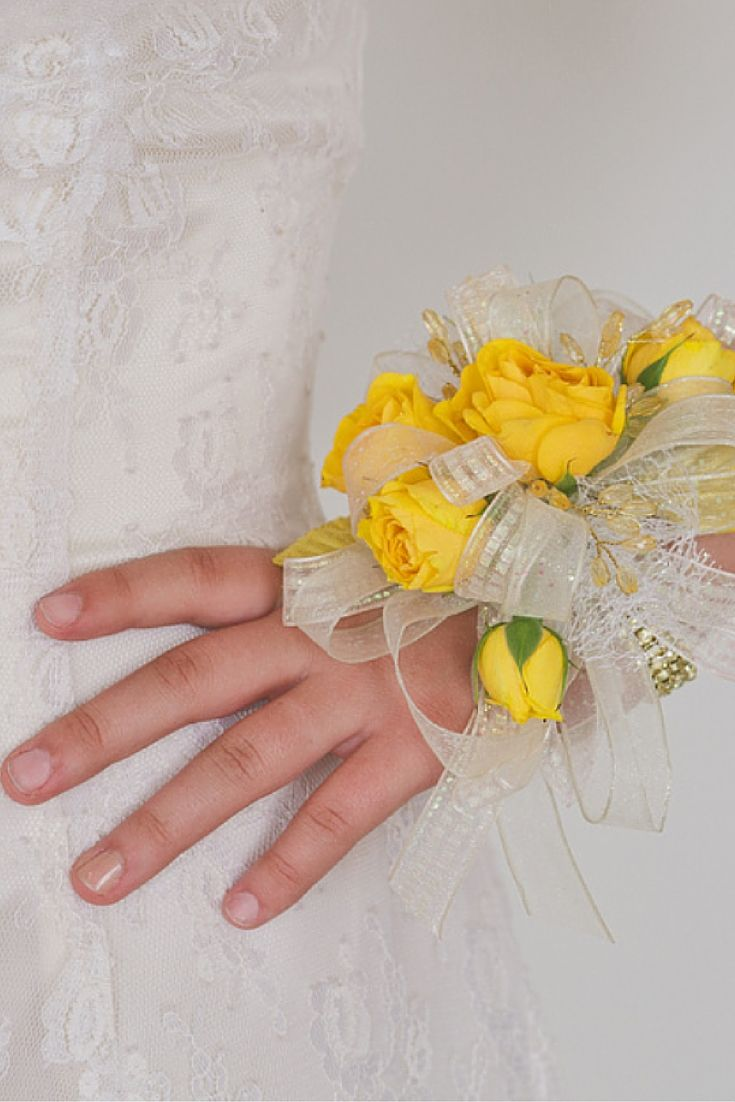 Add Color To Your Prom Dress With A Beautiful Corsage This Design