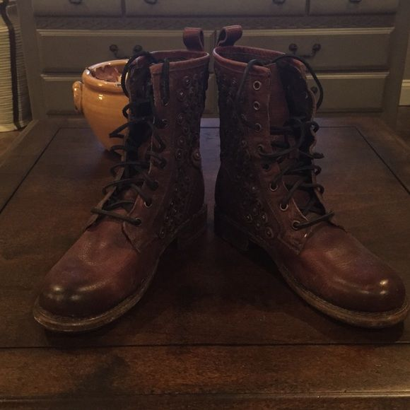 Frye Jenna disc dark brown Gently used dark brown distressed  Frye boots with bronze stud details. Combat boot style. Leather laces. 4th picture is the true color. trades Frye Shoes