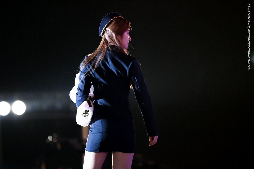 RED VELVET - Irene #아이린 (Bae JooHyun #배주현) as MC at MuBank 151016 #뮤직뱅크 #back
