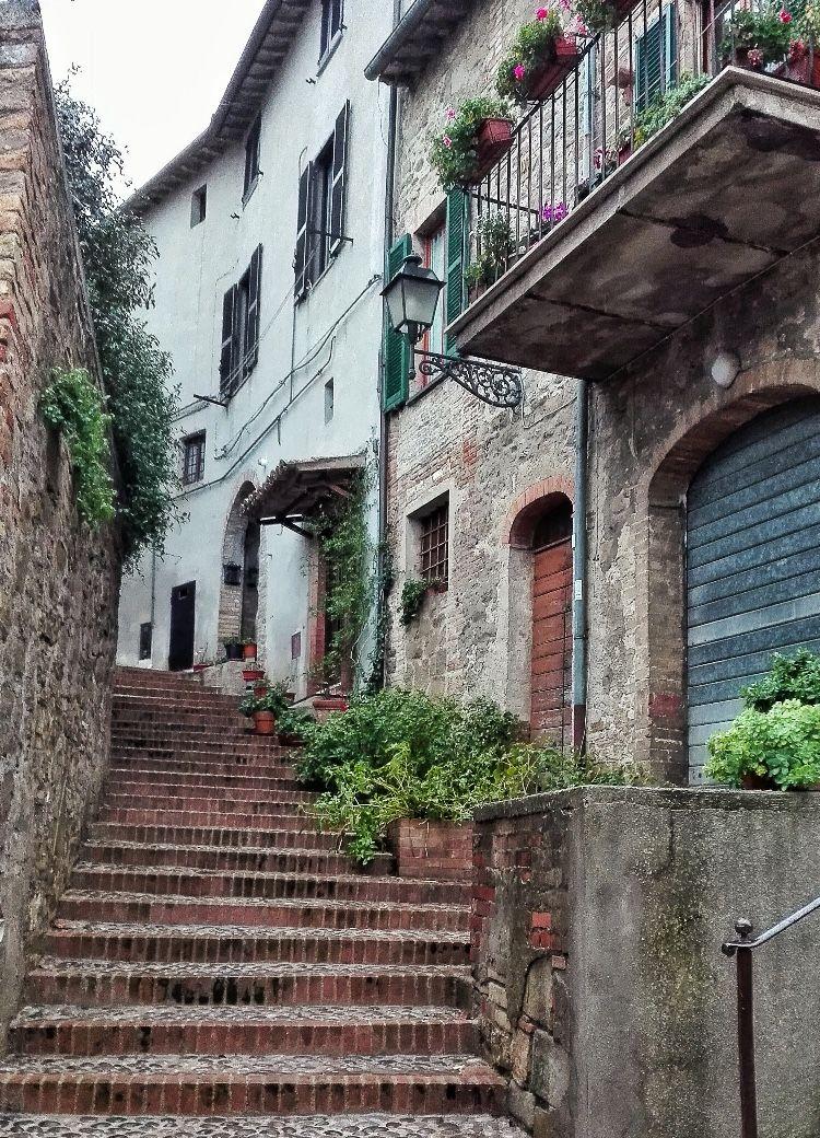 Trevi ( Perugia ) Viaggi, Luoghi, Italia