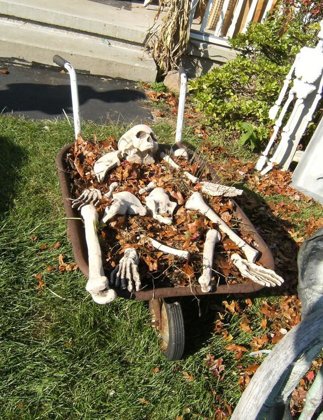 21 Spooky Halloween Decoration Ideas Spooky halloween decorations