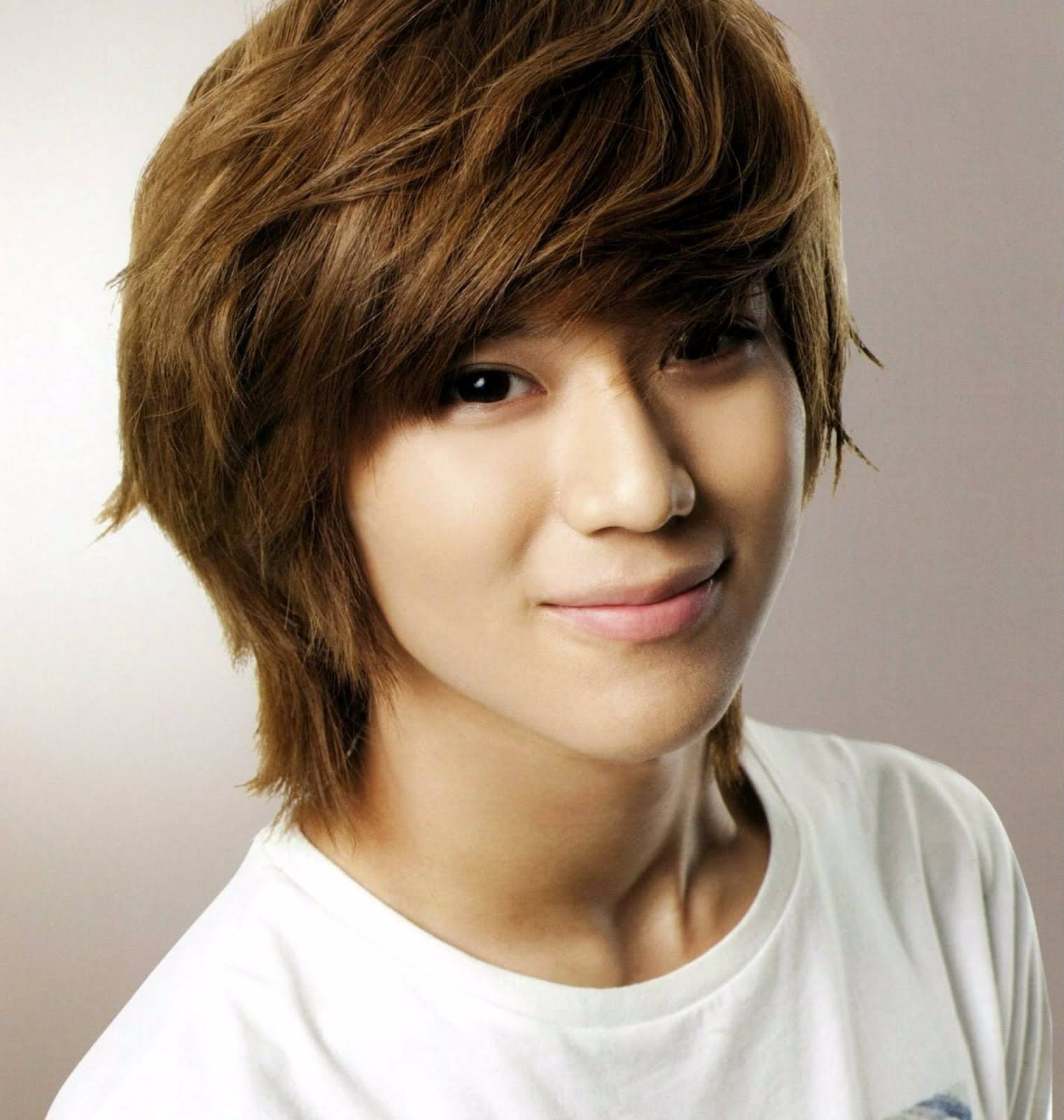 Modern Korean Hairstyles For Guys
