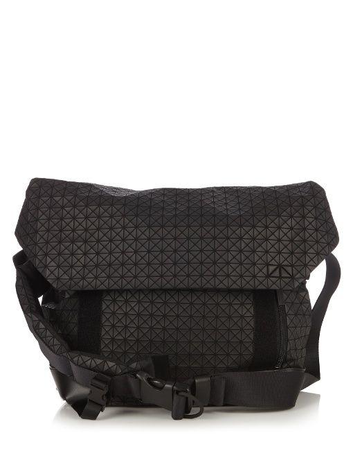 BAO BAO ISSEY MIYAKE Triangular panels messenger bag.  baobaoisseymiyake   bags  canvas  leather  lining  shoulder bags  pvc  nylon   c0e360c139edf