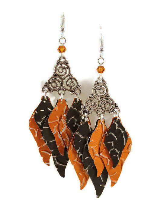 Boucles d'oreilles pendantes légères en aluminium et métal argenté - Flammes orangées