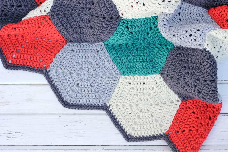 Happy Hexagons\' Free Crochet Afghan Pattern | Gehäkelte decken ...