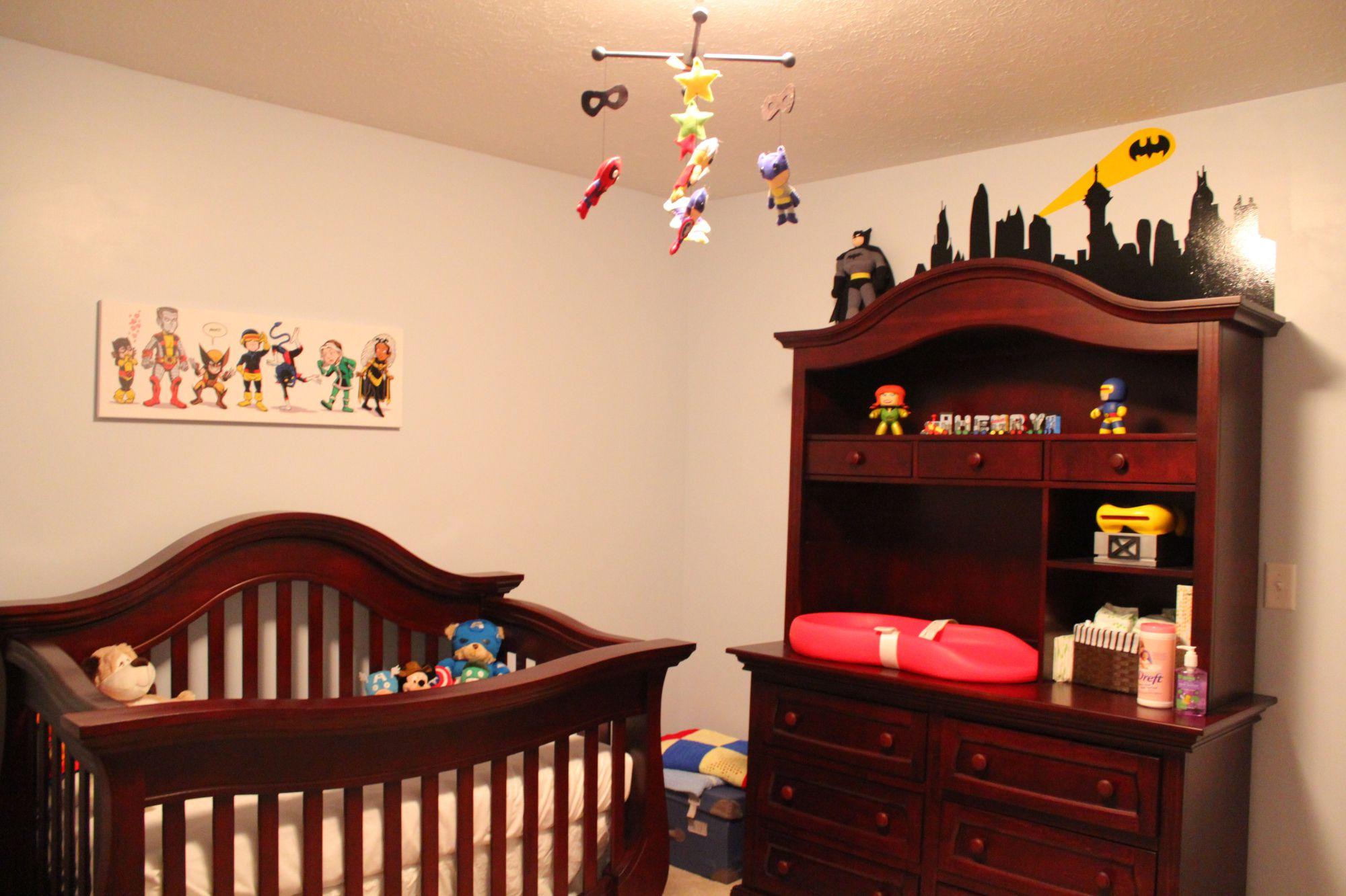 Crib, Dresser/Diaper Changing Table, Keekaroo Diaper Changing ...