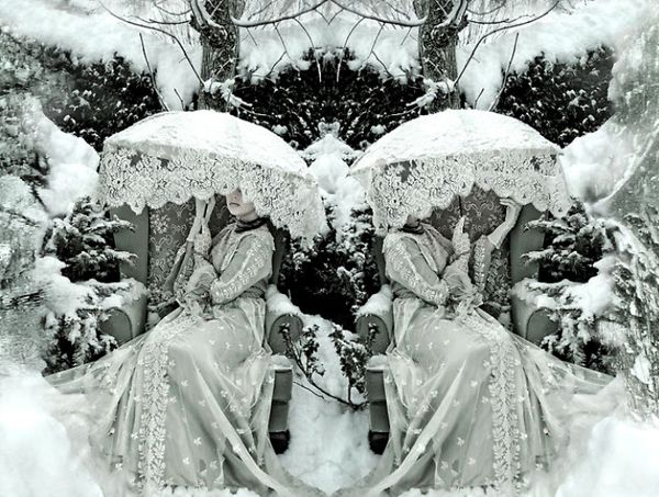 OldWIG Happening Vintage Photoshoot Inspiration - ice queen  (Kirsty Mitchell)